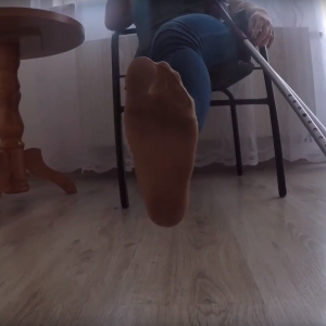 Eva Amputee: Clip 1: Pantyhose foot and jeans!